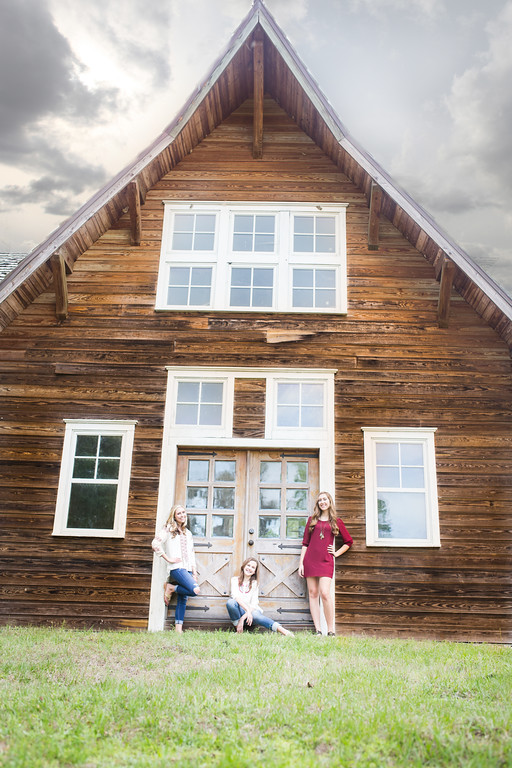 Beautiful S Sisters | Lithia, Florida | Lithia Barn | Sister Session