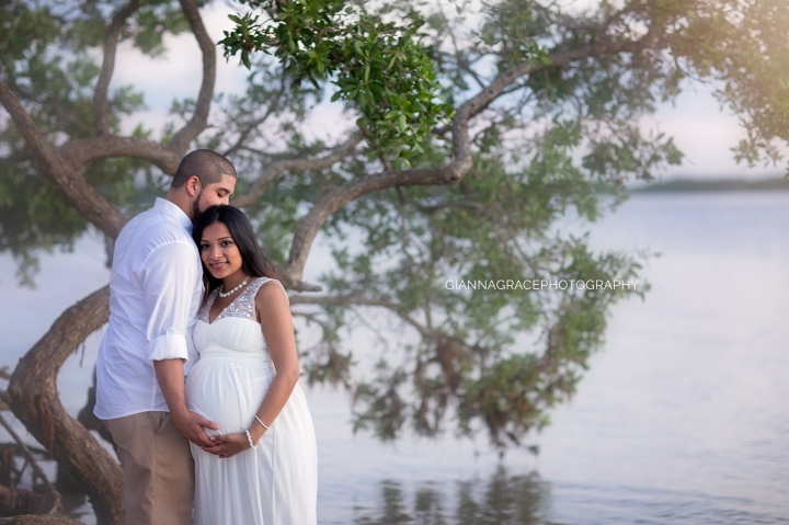 Beautiful Momma, Anjaly | Maternity Session | Richmond, VA | Midlothian |Gianna Grace Photography