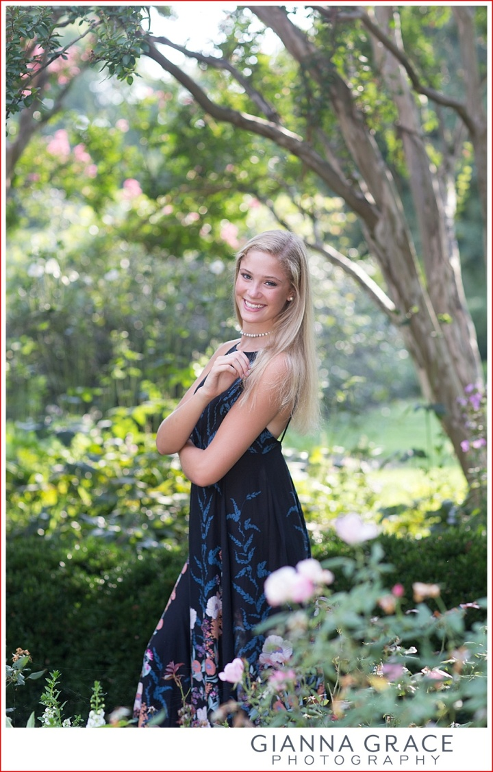 Tuckahoe Senior Session | Richmond, VA | James River High School | Emily's Fall Pictures